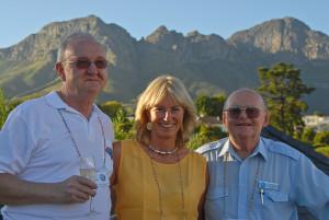 Hans Gutmann, Margi Moss e Claude Meunier: na retaguarda dos Earthrounders